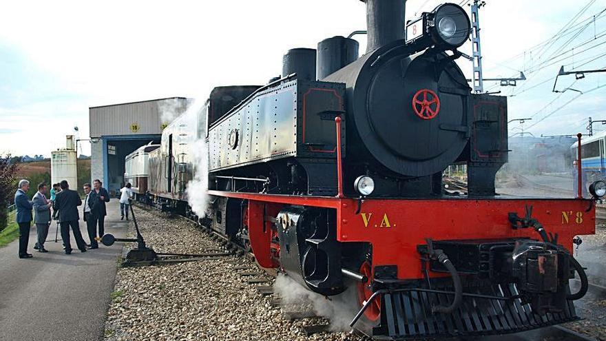 Bustiello quiere una estación para subirse al tren turístico que reclaman los alcaldes