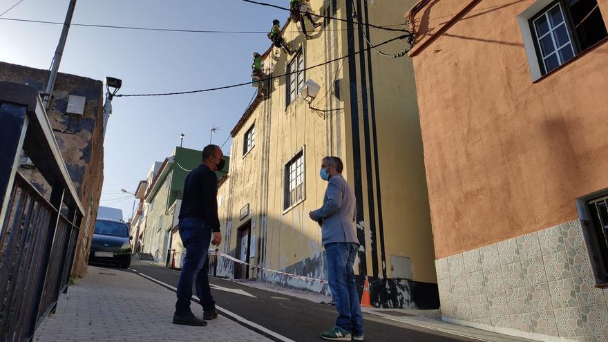 San Juan de la Rambla recupera la fachada de la Casa Amarilla