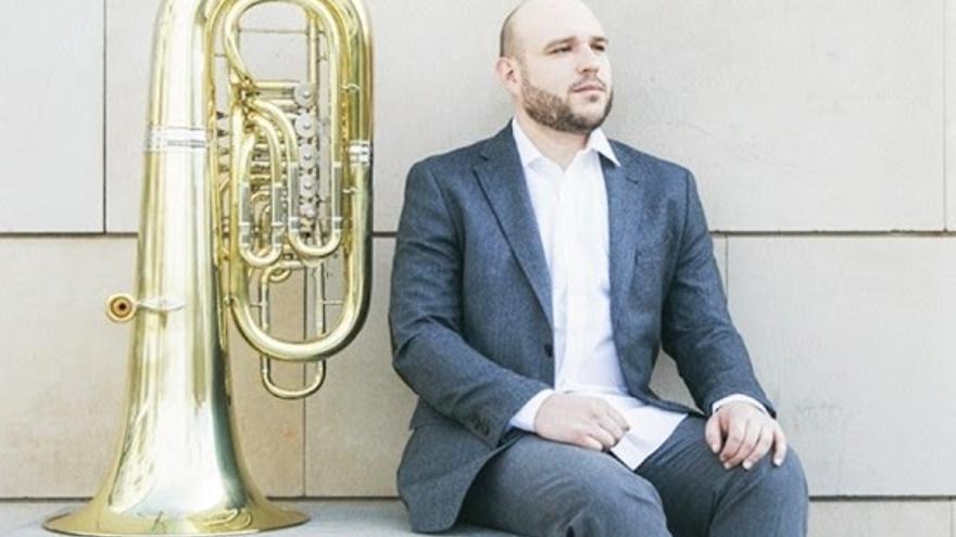 El tubista valenciano Marcos Ripoll presenta su último disco, 'Endeavour'