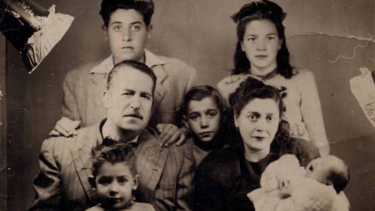 Retrato de la familia de Jesús Hilario Tundidor
