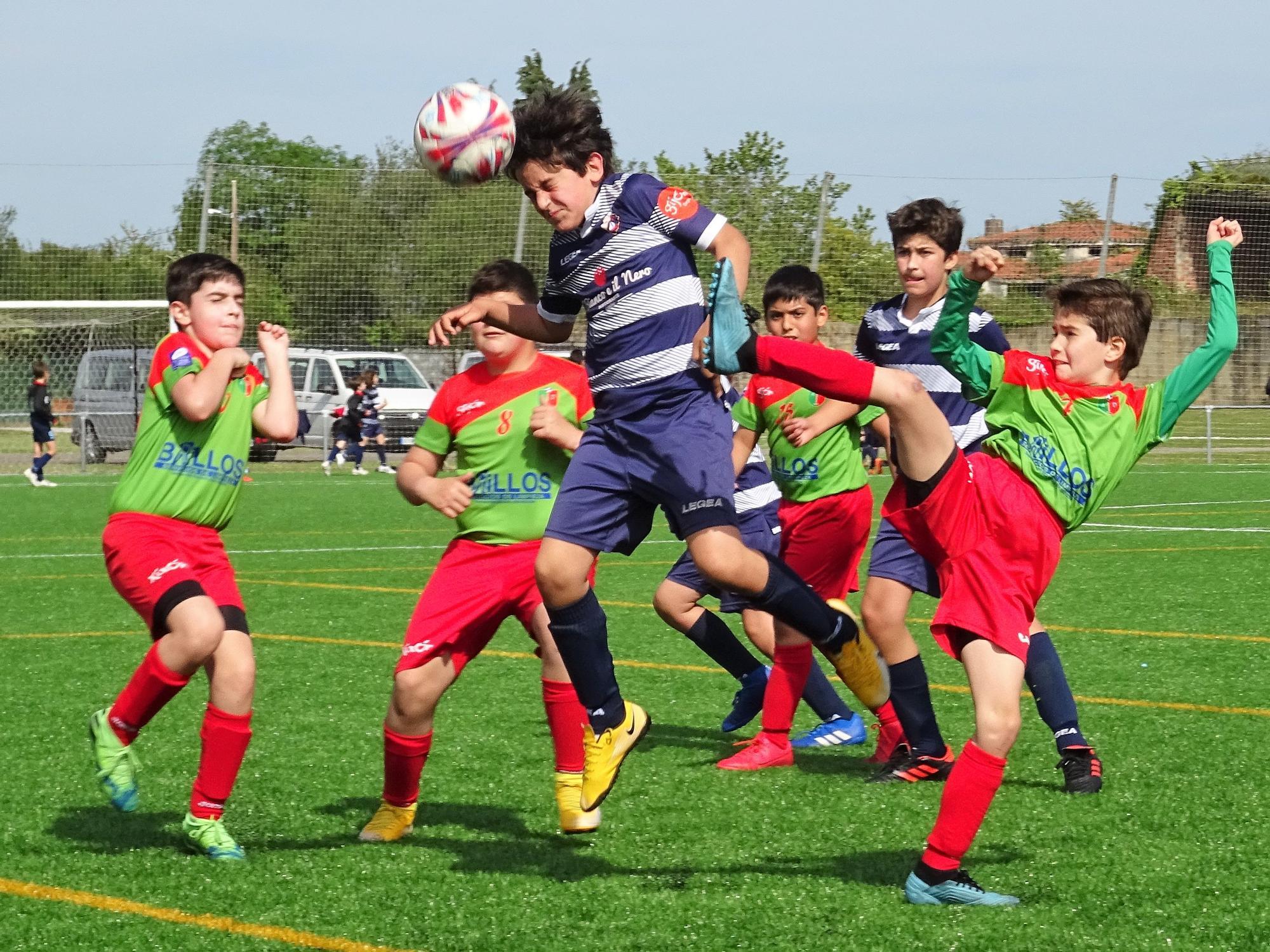 Así fue la vuelta del fútbol base en Asturias