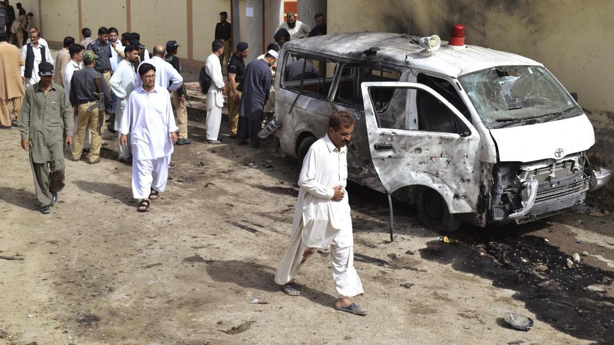 Imagen de archivo de un ataque con coche bomba en Quetta.