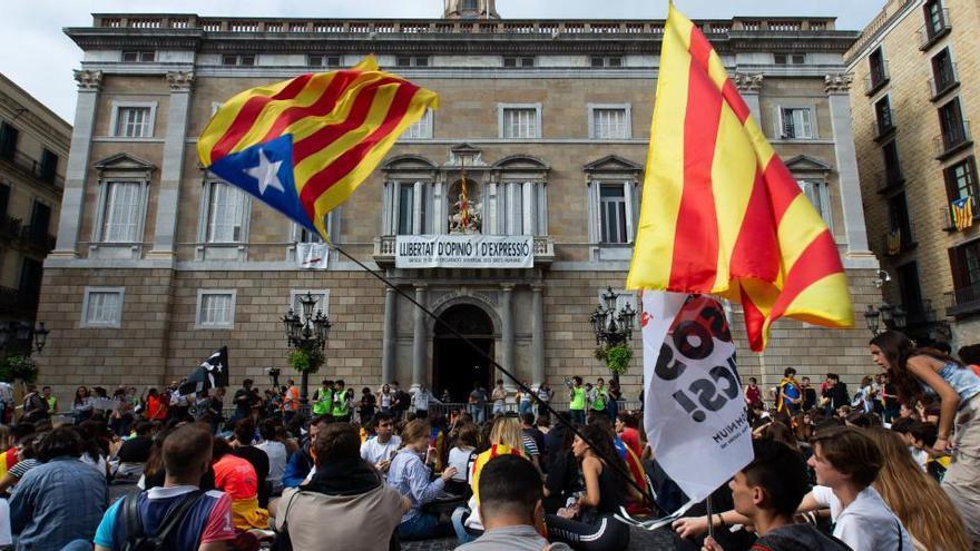 Condenan a la Universidad de Barcelona por el manifiesto contra la sentencia del 1-O