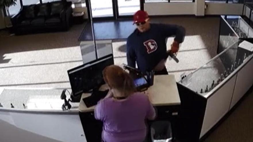 El torpe intento de robo de un ladrón en Colorado