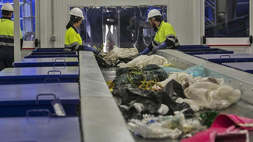 El Consorcio de Residuos reduce la tasa municipal por tercer semestre consecutivo