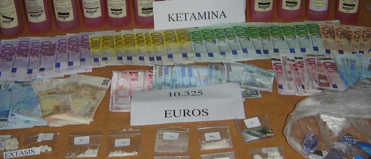 La Guardia Civil y la Policía de Miami intervinieron en Eivissa 14 litro de ketamina.