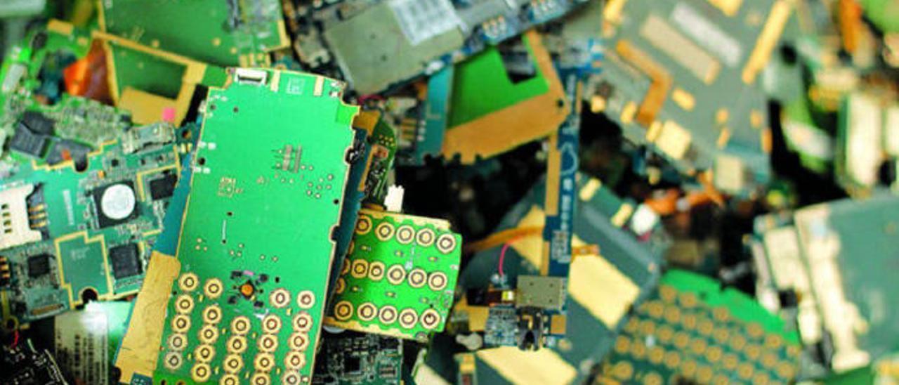 La basura electrónica tiene componentes tóxicos.