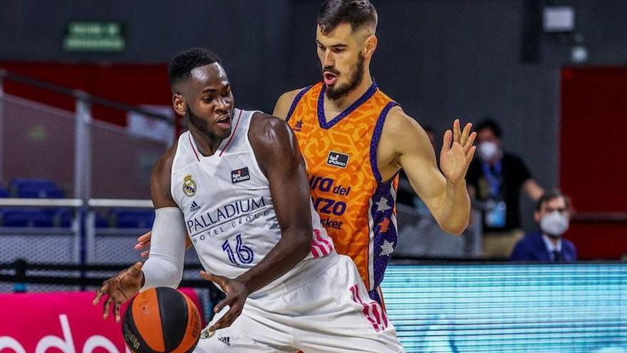 Valencia Basket retendrá los derechos de Kalinic y Thomas
