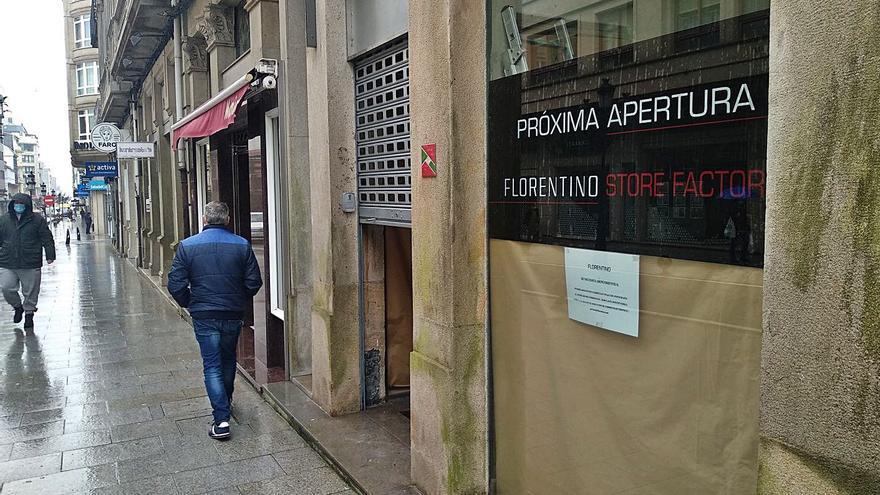 """La firma lalinense Florentino abre una tienda """"outlet"""" en la milla de oro estradense"""