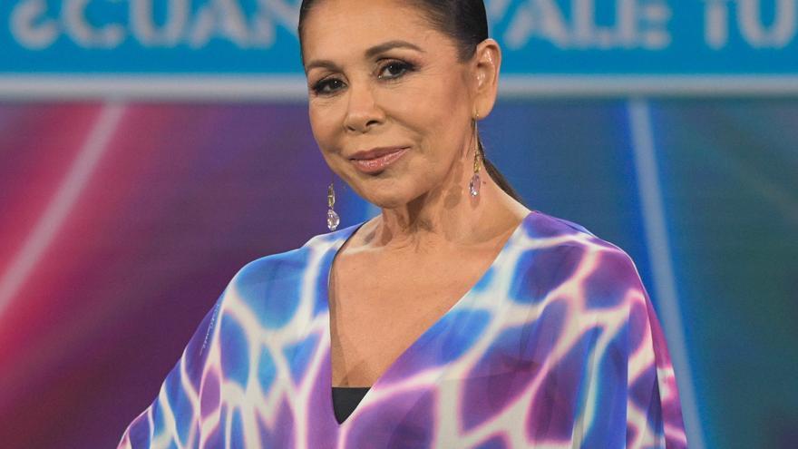 Isabel Pantoja lanza un dardo directo a Kiko Rivera en el estreno de 'Top Star'