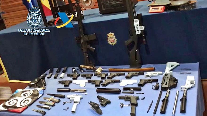 Desmantelado en la capital tinerfeña un taller ilegal de impresión de armas en 3D