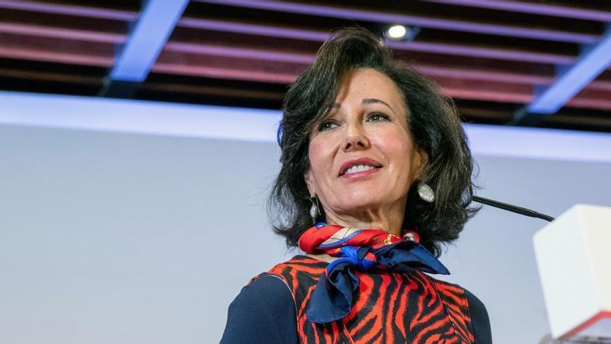 Botín, reelegida presidenta del Santander con el 98%