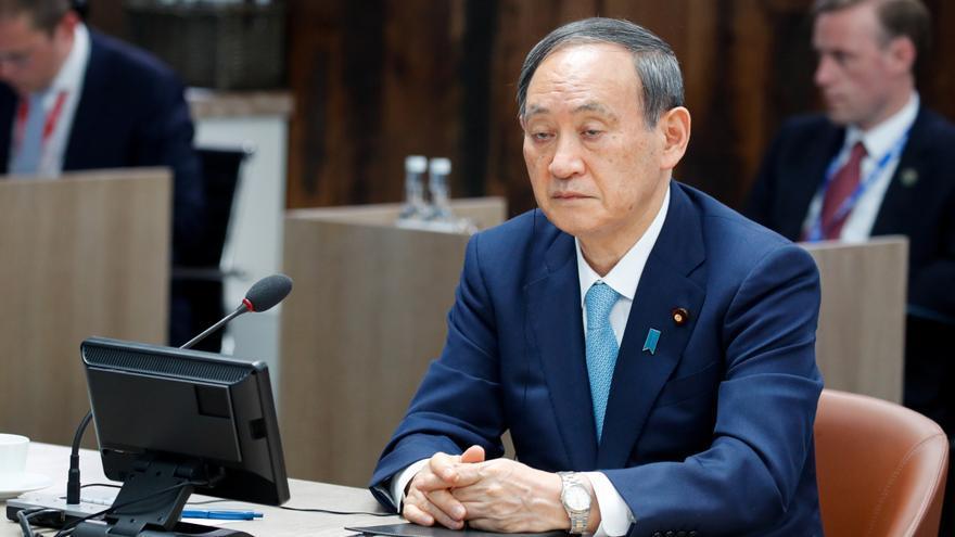 La oposición japonesa presenta una moción de censura contra Yoshihide Suga