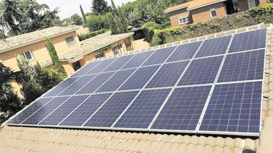 La derogación del 'impuesto al sol' provoca un 'boom' de autoconsumo fotovoltaico