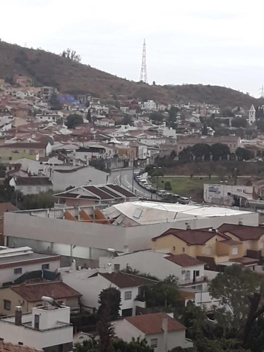 Daños en el pabellón de balonmano de Puerto de la Torre.