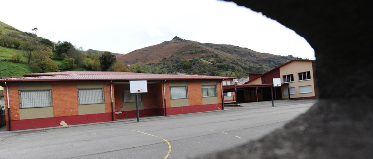 El colegio de La Foz de Morcín.