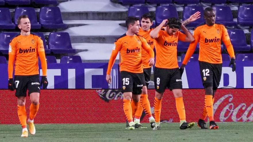 El Valencia recupera el pulso en Valladolid