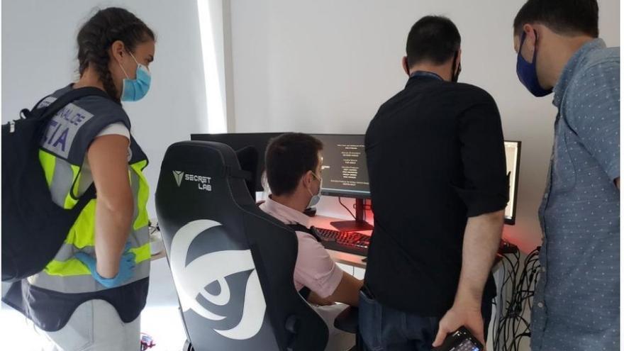 El hacker que buscaba el FBI estaba en Estepona