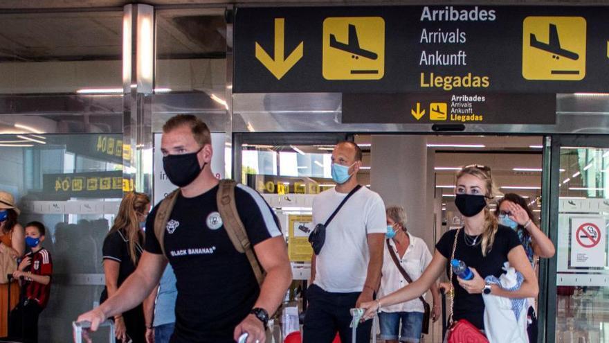 El número de pasajeros en los aeropuertos de Aena cayó un 76,2% en julio respecto a 2019