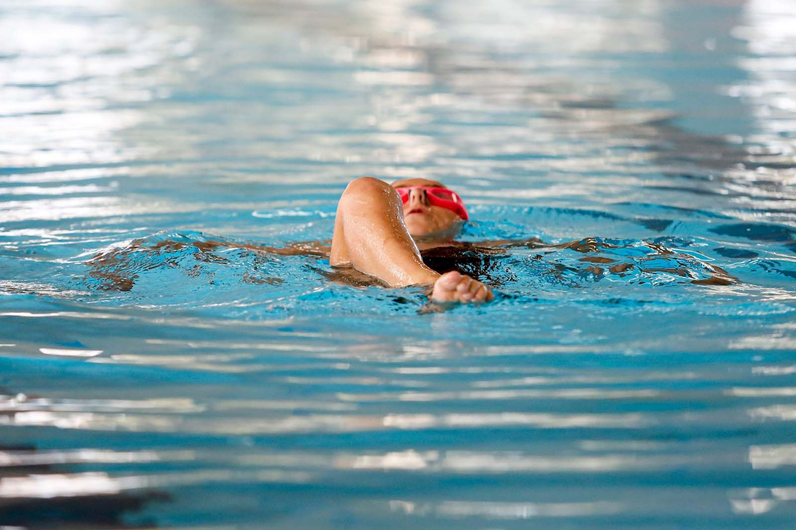 Las nadadoras ibicencas testean su nivel en la piscina de Can Coix, en Sant Antoni