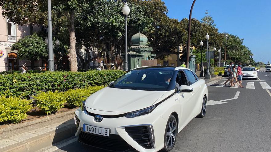 Una veintena de  empresas e instituciones se unen para crear hidrógeno verde en Canarias