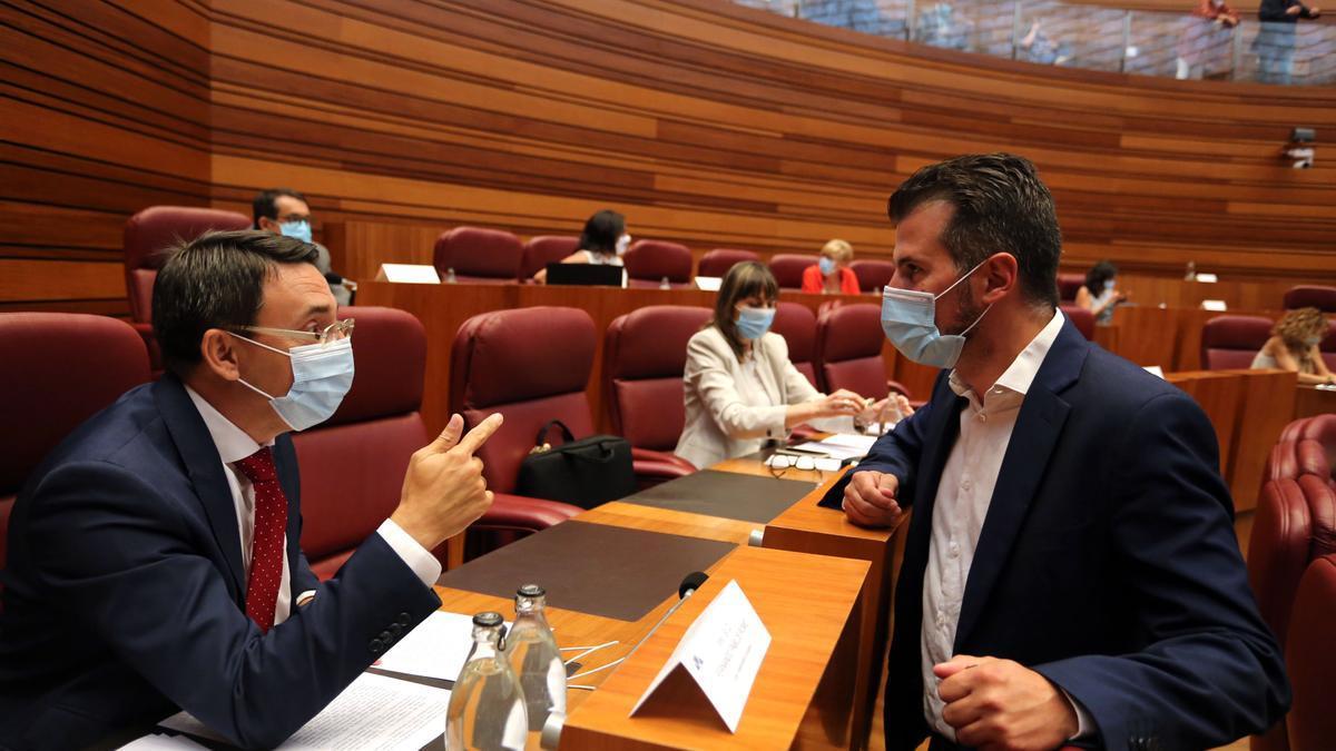Luis Tudanca, portavoz del PSOE, durante el Pleno.