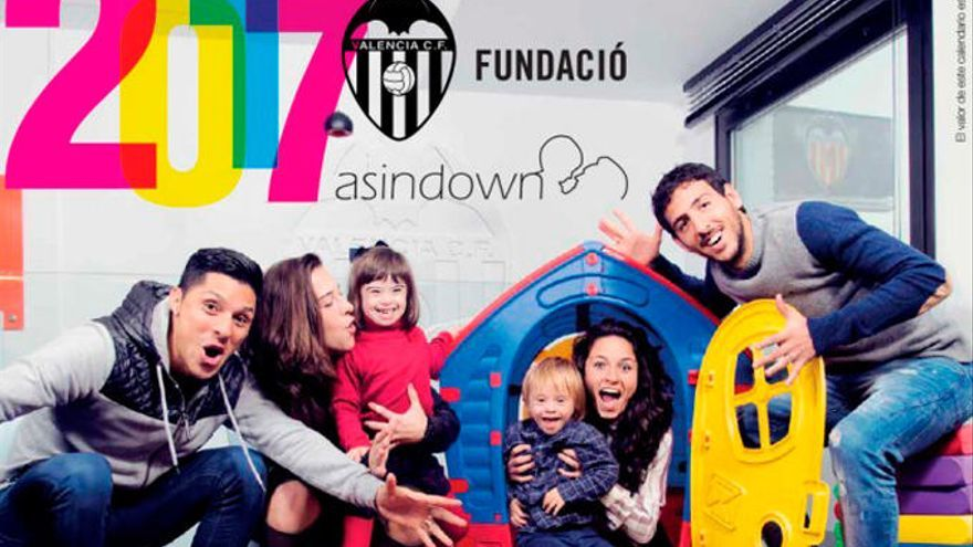 Parejo y Enzo Pérez protagonizan la portada del Calendario Asindown 2017