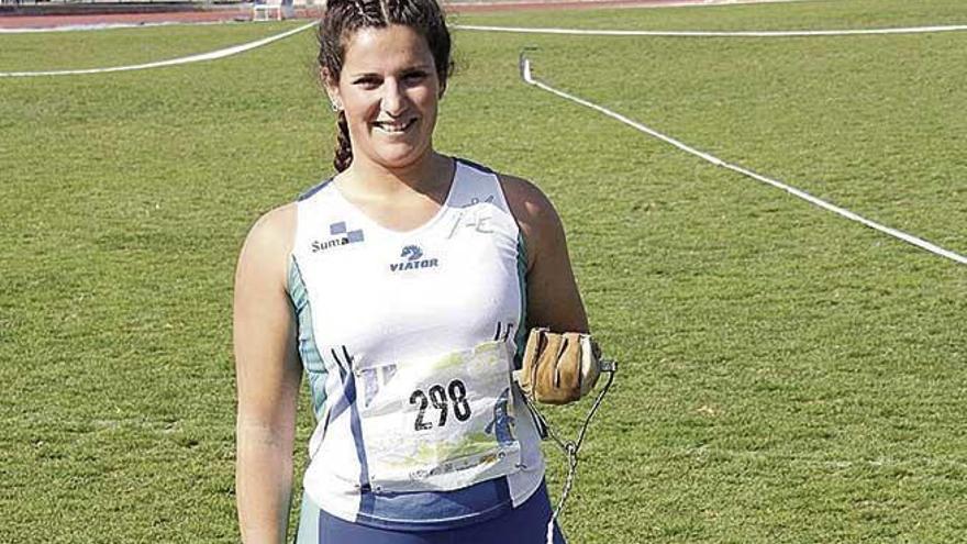 Nuevo récord regional de Cristina Navarro en martillo