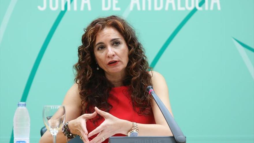 El Gobierno recurre la semana de 35 horas en el sector público de Andalucía