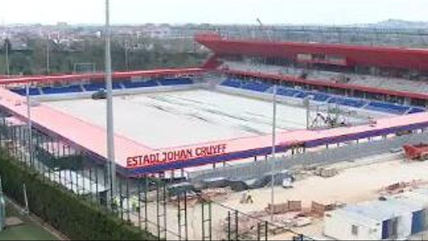 Instal·len el nom i els primers seients del futur «Estadi Johan Cruyff»