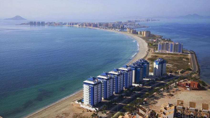 El Mar Menor contará con 200 millones en tres años con fondos estatales y europeos