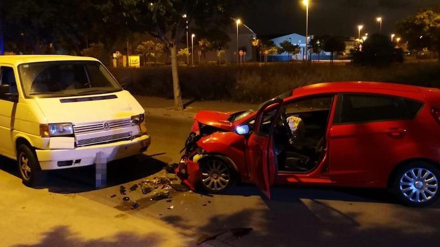 Un choque con una conductora borracha deja tres heridos en Canet