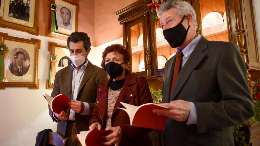 Juana Castro recuerda a Pablo García Baena en la presentación de su nuevo cuadernillo