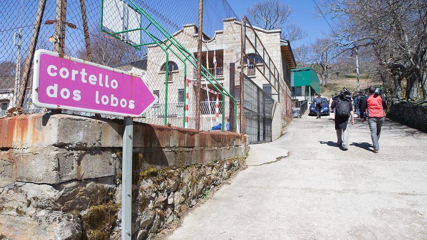 Doce alumnos estudian gallego en las aulas de Lubián