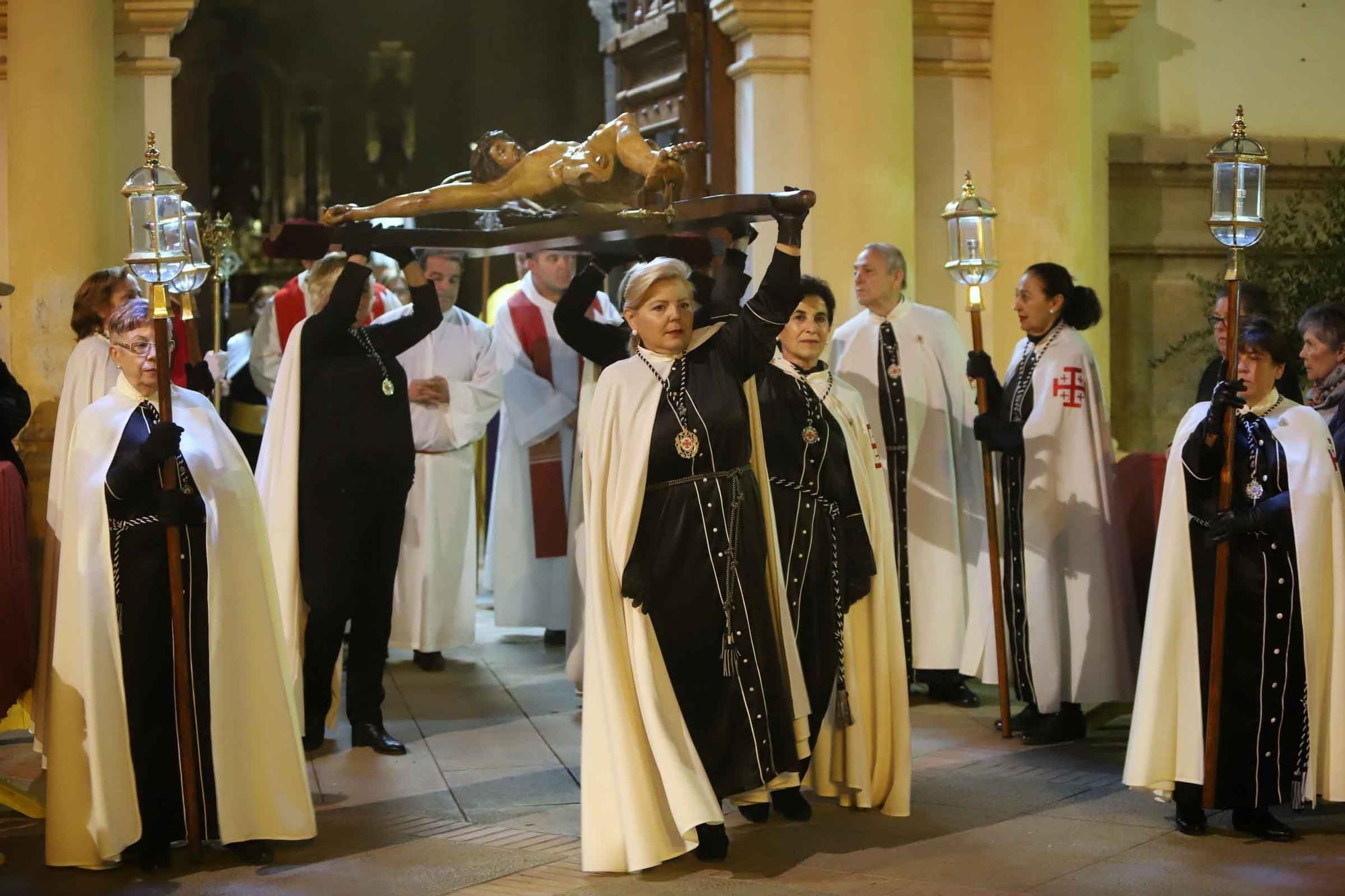 Así fue la última Procesión del Silencio de la Semana Santa de Sagunt.
