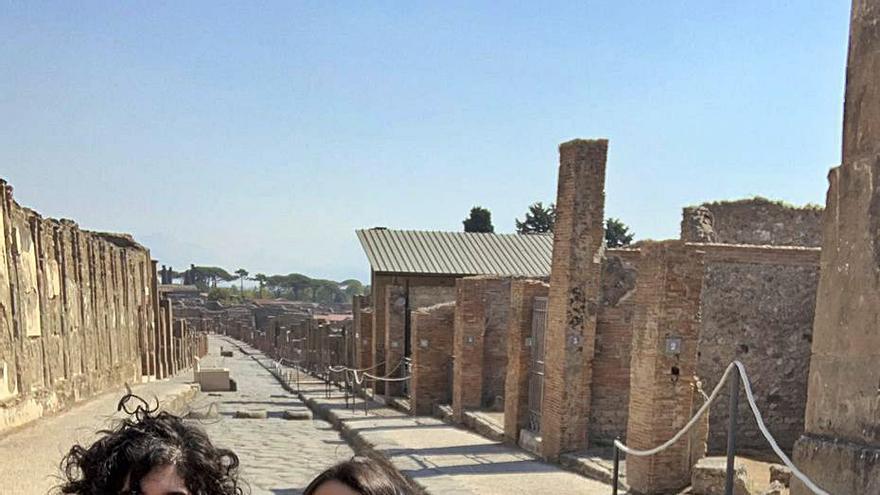 Expedición valenciana a la necrópolis de Pompeya