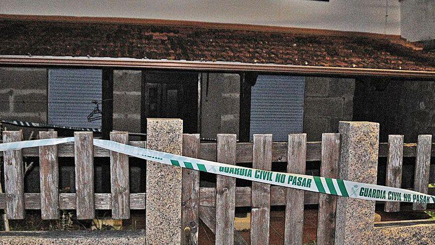 Hallan el cadáver de una mujer con signos de violencia en un pueblo de Pontevedra