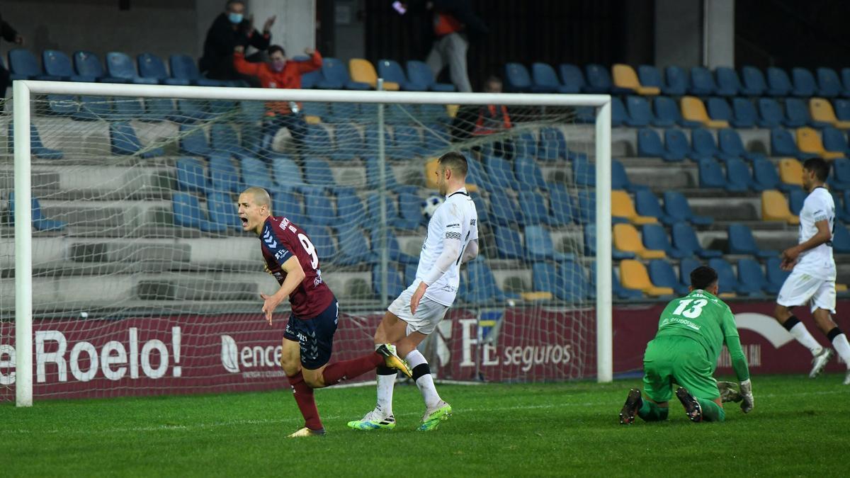 Rufo marca el segundo gol