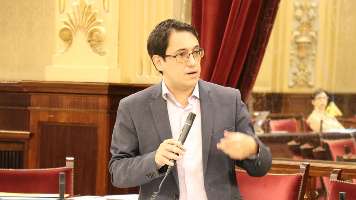 Negueruela en una comparecencia en el Parlament.
