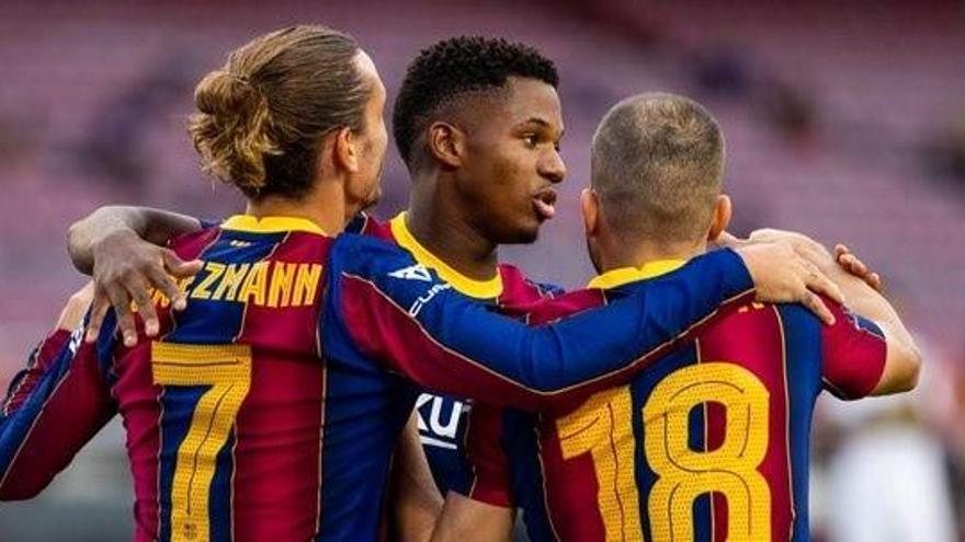 El Barça derrota al Elche en el Gamper con gol de Griezmann