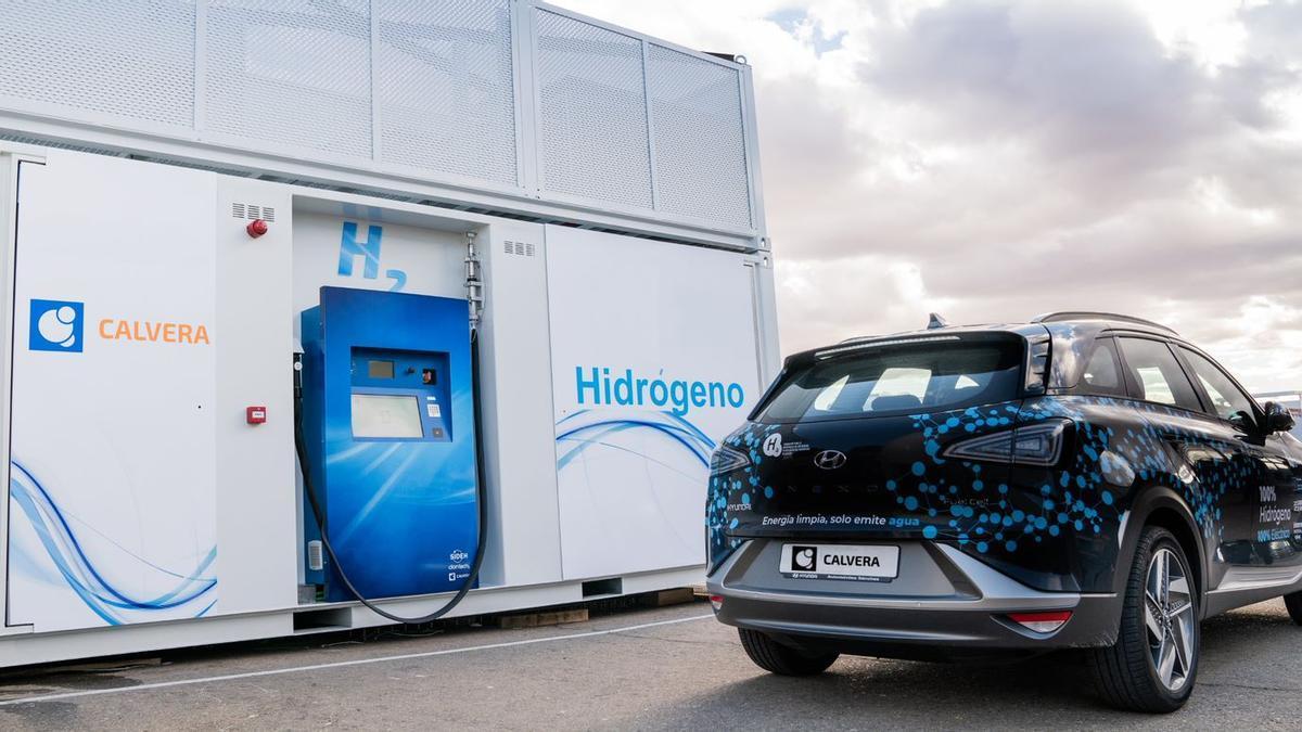 Una de las hidrogeneras diseñadas y fabricadas por la empresa aragonesa Calvera en funcionamiento.