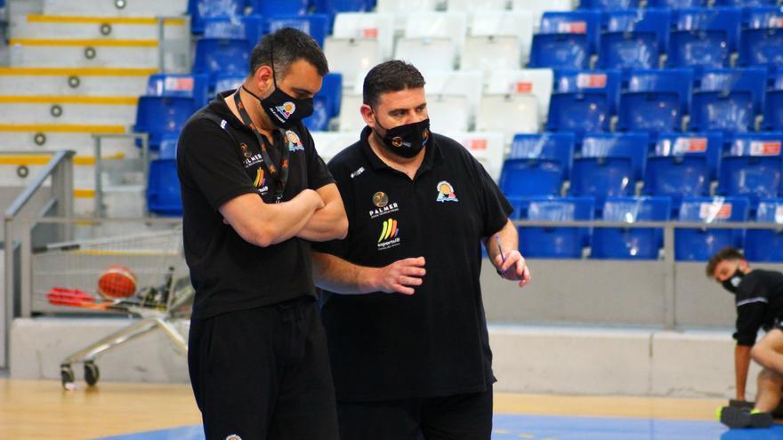 Los técnicos del Palmer Alma Mediterránea aplauden el regreso del grupo único de la LEB Oro