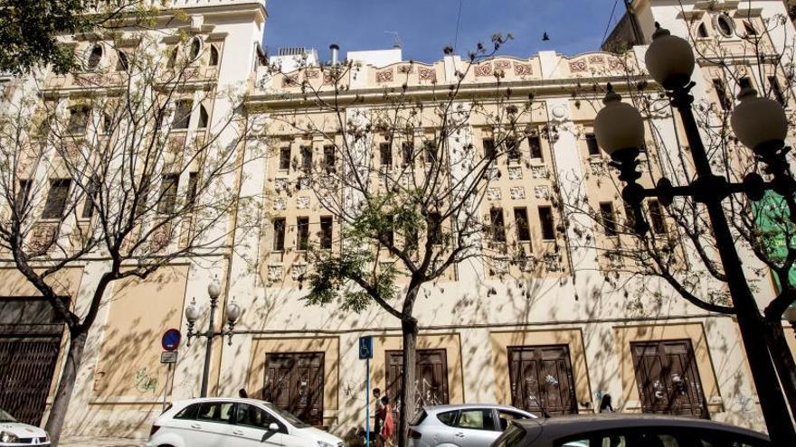 Un empresario transformará el antiguo cine Ideal en un hotel junto al Teatro Principal