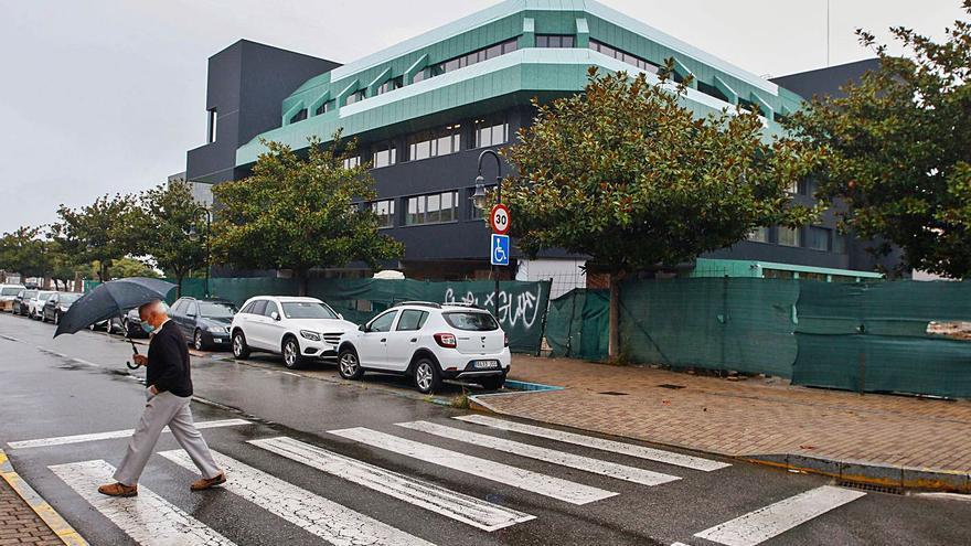 La limpieza del ISM y sus siete oficinas cuesta 650.000 euros al año