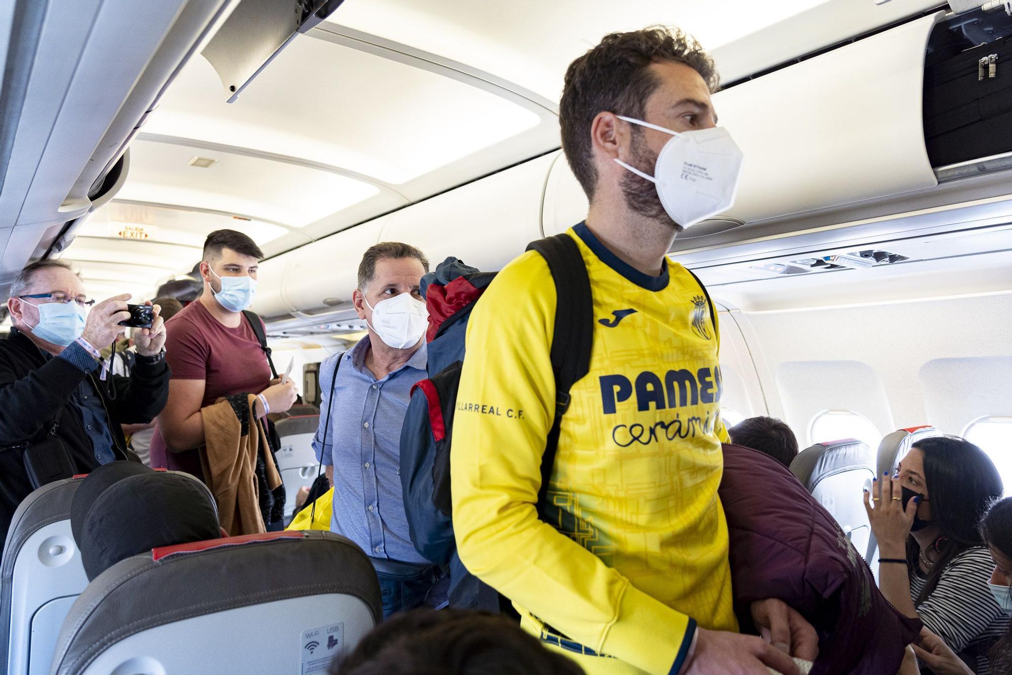 La afición del Villarreal tiñe de amarillo Gdansk