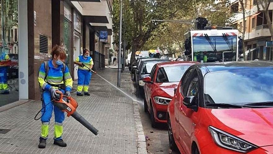 Plan de choque de Emaya contra la suciedad en Palma