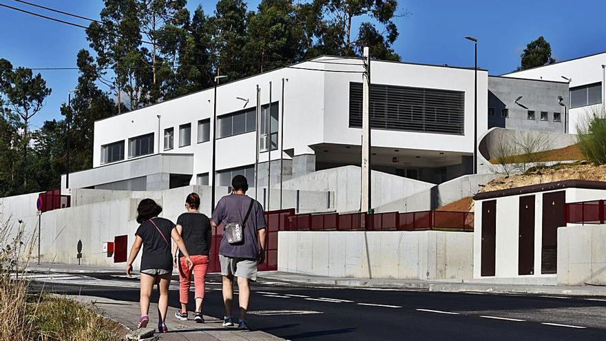 El incremento de matrícula en el IES de Soutomaior deja sin bus escolar a los alumnos de Arcade