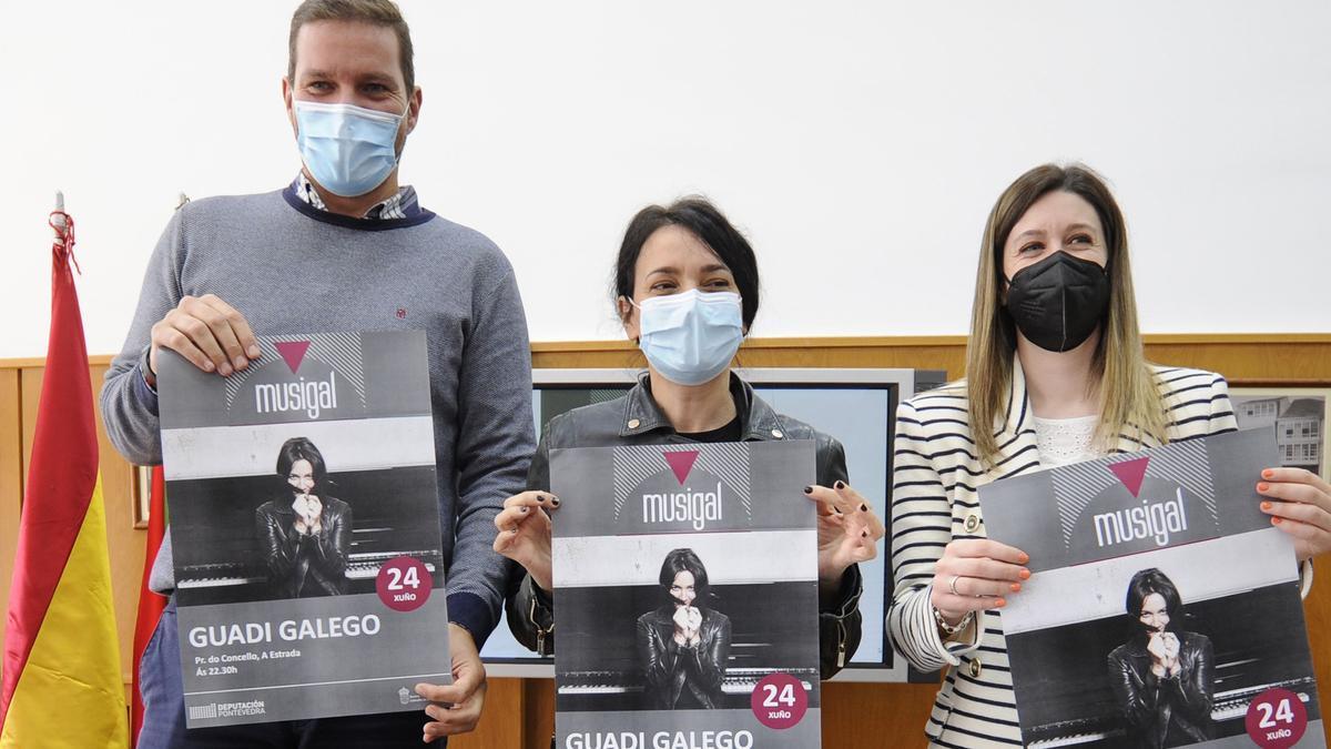 López Campos, Guadi Galego y Victoria Alonso durante la presentación.