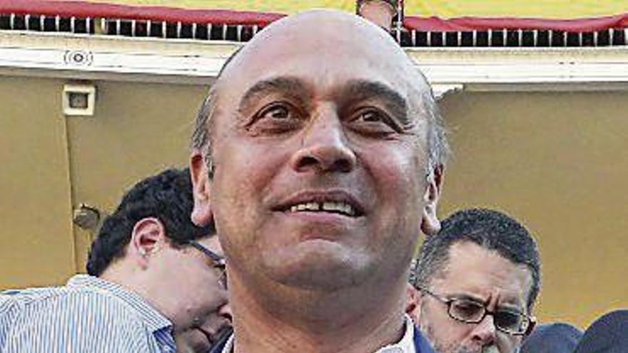 Detenido el marido de Ana Rosa Quintana por recurrir a Villarejo para extorsionar