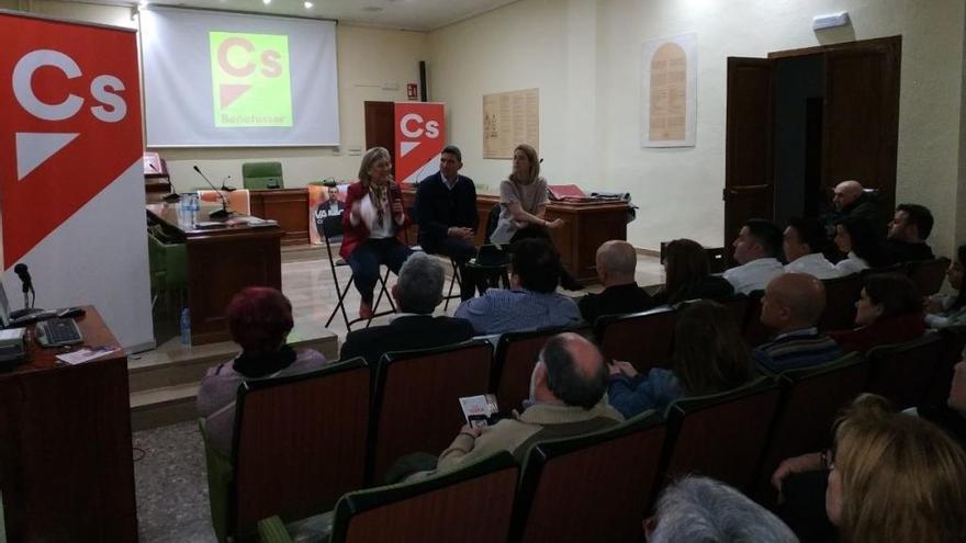 Benetússer acoge el encuentro de Cs de l' Horta Sud